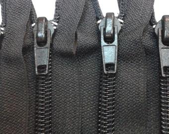 25 Generic 25Inch Nylon Zippers #3 Closed Bottom Black (25 Zippers)