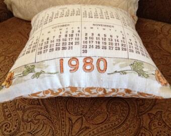 Vintage 1980 Linen Calendar Decorative Pillow