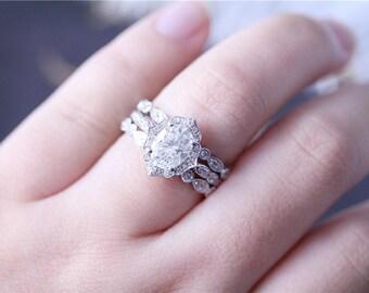 Forever Brilliant  Moissanite Ring 6x8mm Oval Cut Moissanite Ring 14K White Gold Moissanite Engagement Ring Diamond Wedding Ring Set