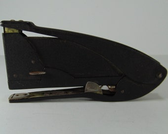 REDUCED - Vintage Wingline Black Metal Stapler