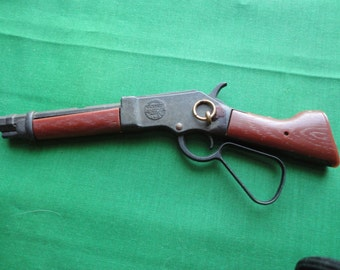 Miniature Wanted Dead or Alive Rifle