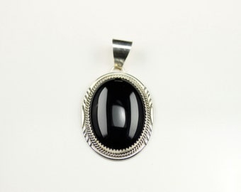 Native American Indian Jewelry Handmade Sterling Silver Onyx Pendant