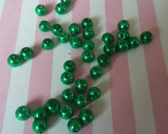 4mm green pearl beads, Glass, Round, Pack of 200 B3i