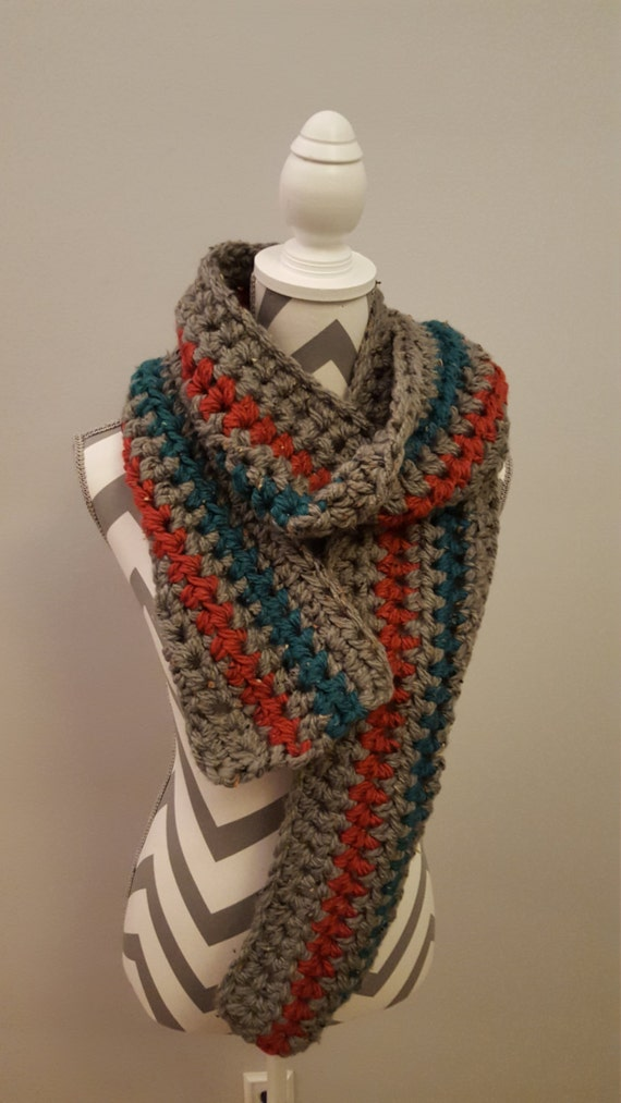 Crochet scarf. Bulky yarn. Very comfortable