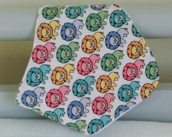Baby dribble bib - lion bandana bib