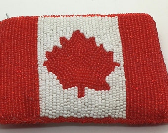 Vintage Canadian Maple Leaf Flag Glass Bead Zipper  Red  White String Purse Souvenir Travel Memorabilia Coin Change Purse