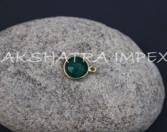 Dyed Emerald Corundum 10mm Round Faceted 925 Sterling Silver Gold Plated Bezel Connector
