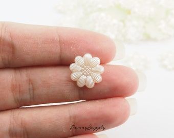 Free Shipping 40 Pcs - Daisy Flower Resin Cabochon Cab Flat back for Craft Making, Earrings blank - MAS.37