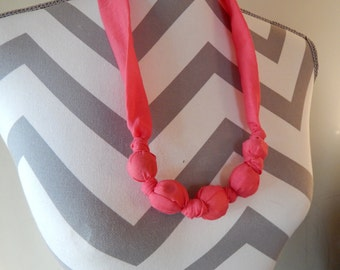 Fabric Teething Necklace - Hot Pink, Breastfeeding Necklace, Nursing Necklace