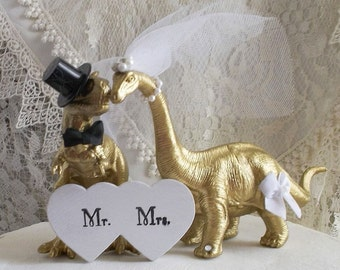 Dinosaur Wedding Cake Topper, Gold Dinosaur, Animal Cake Topper, Rustic Wedding Cake Topper, Country Wedding, Dinosaur Theme Wedding, Mr&Mrs