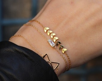 ARROW BRACELET-Gold plated silver bracelet-chain bracelet-chain arrow bracelet-tiny gold heart bracelet - dainty everyday jewelry