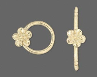 Flower Toggle Clasp, Gold Vermeil, 15mm round