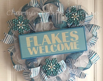 Christmas Welcome Wreath - Flakes Welcome - Christmas Mesh Wreath - Christmas Wreath - Holiday Wreath