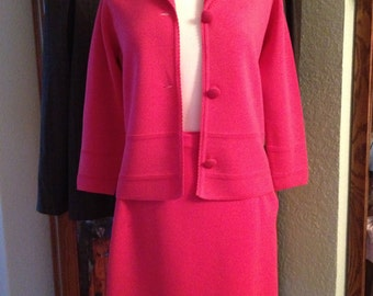 Pink Wool 70's Suit, Size Small.  Free U.S. Shipping.