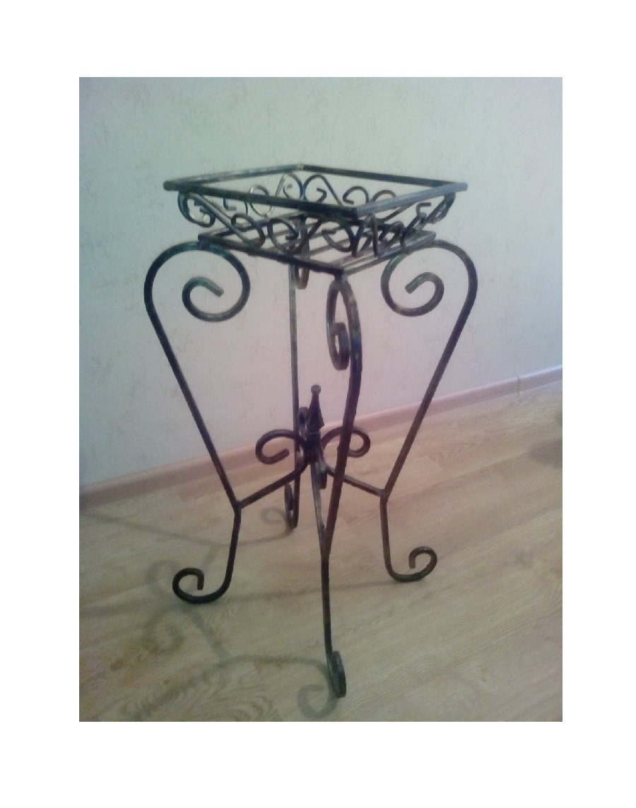 planter wrought iron plant stand for 1 pot iron plant stand. Black Bedroom Furniture Sets. Home Design Ideas
