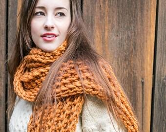 Crochet Scarf Pattern // Beginner Crochet Pattern // Crochet Gifts // Learn to Crochet