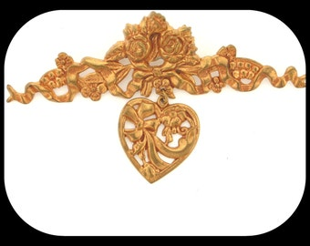 Vintage Viictoian Design BROOCH Repousse Gold Plated & Hanging Heart
