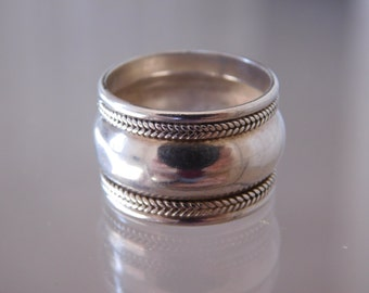 Vintage Handmade Sterling Silver 13mm Wheat Striped Band Ring ( Size 7 )