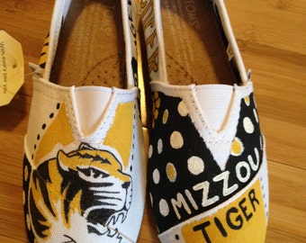 Custom hand painted TOMS - free shipping!