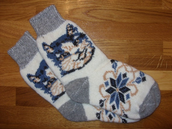 Woolen womens knitted socks made of goat wool with cat