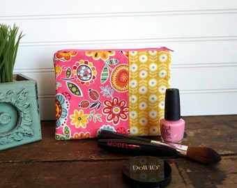 Medium Flat Make Up Bag, Zipper Pouch, Travel Bag, Pink and Yellow Flowers Make Up Bag