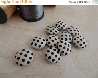 10% OFF Set of 10 Fabric Buttons, 14mm buttons, Cotton Fabric Buttons, Decorative Buttons, Fabric Covered Buttons, Polka Dots Buttons