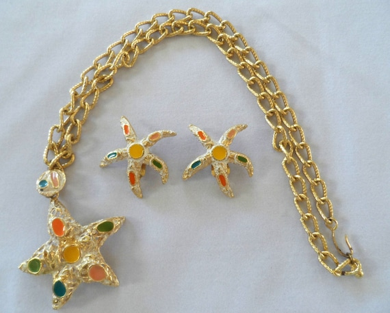 Starfish pendant & earrings set, goldtone and enamel with chunky chain - Vintage