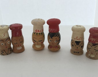 Salt and Pepper Shakers//Vintage Chef Heads Salt and Pepper//Salt and Pepper Collectibles//Vintage Wooden Salt and Pepper Shakers//Old S&P's