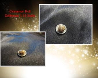 Dollhouse miniature 1:12 Scale Cinnamon Roll