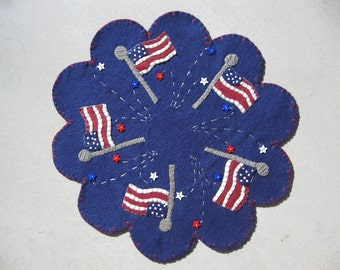 PDF Pattern: Stars and Stripes Penny Rug, Instant Download, 4th of July / Summer Decoration