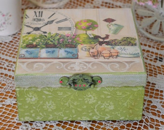 "Beautiful box ""Green Box"""
