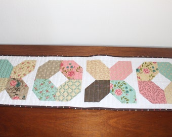XOXO Rambling Rose Quilted Table Runner