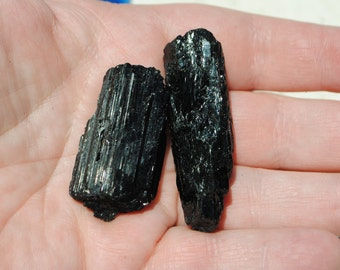 1 Black Tourmaline, raw