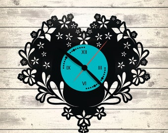 Vinyl Clock/ Valentines / An interesting element of the decor/ For music and art lovers