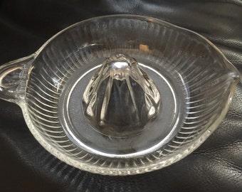 Juicer vintage clear glass hand juicer press glass citrus reamer