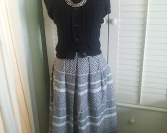 Vintage wool skirt, vintage grey and black skirt. 1980's wool skirt, 1980's skirt. 1980's grey skirt