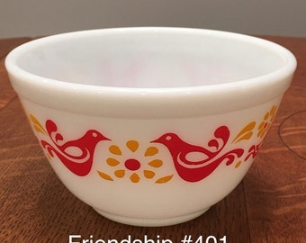 Vintage Pyrex Friendship 401 mixing bowl