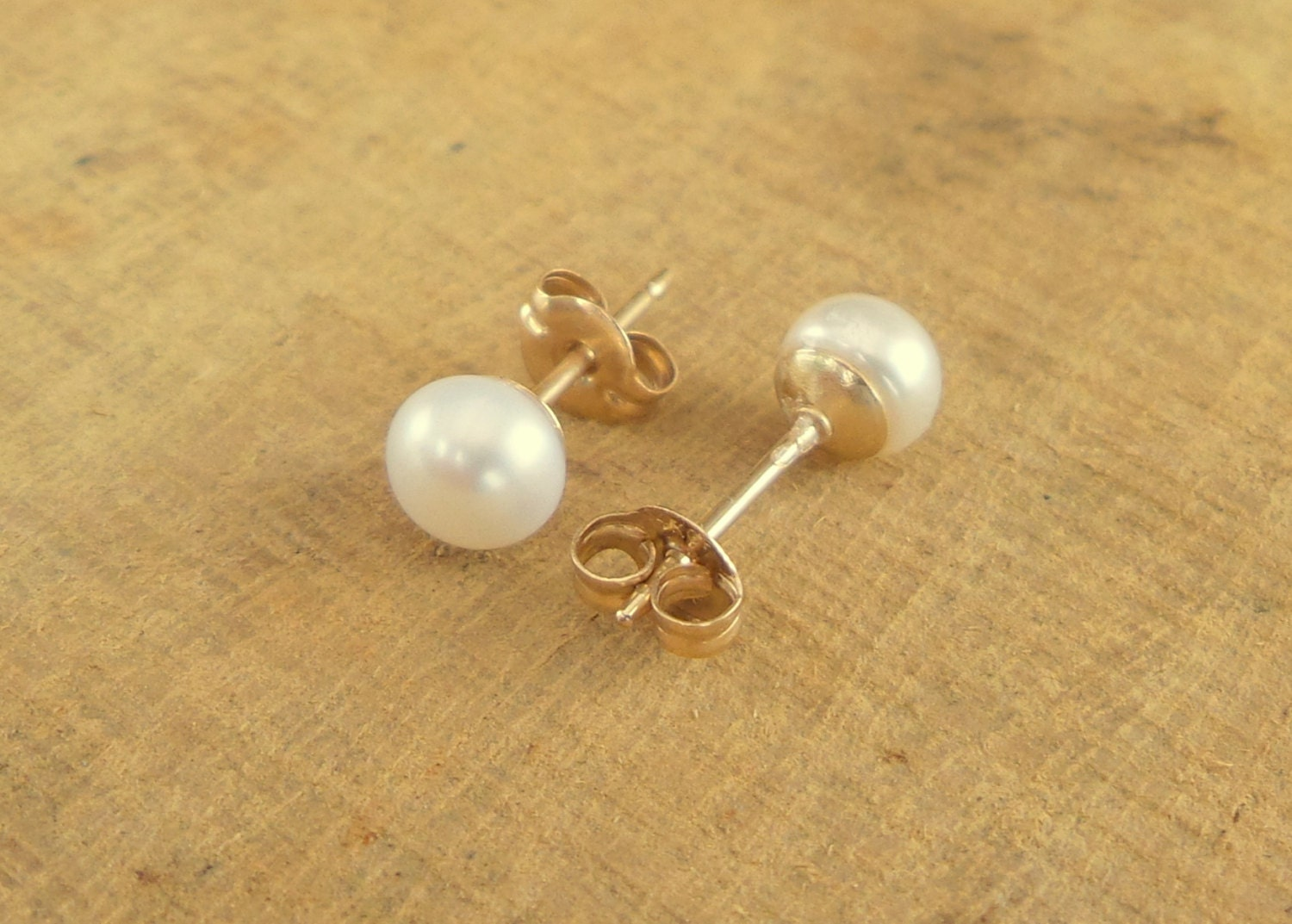 pearl stud earrings in 14k gold filled fresh water pearl
