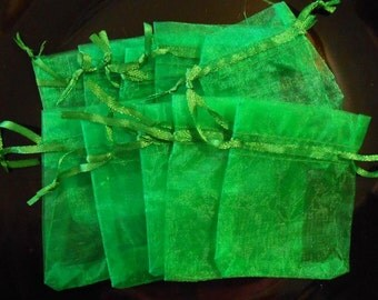 10 organza bags Drawstring bags Gift bags Jewelry bags Party Wedding favor bags Sheer bags 2.5 x 3.5 Organza Sachet Pouch Emerald Green