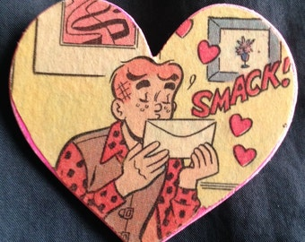 Archie Heart Brooch