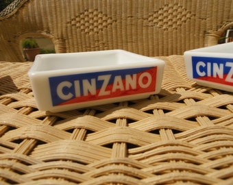 Cup aperitive advertising CINZANO, bistro in France, 80's, collectible aperitive drink label