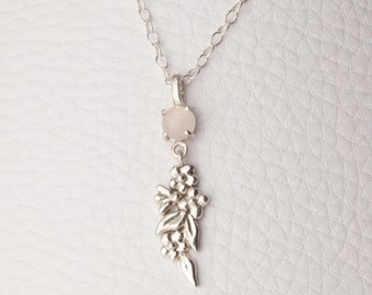 Simple Blossom Necklace