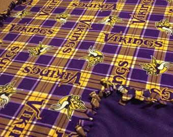 NFL Minnesota Vikings Hand Tied Fleece Blanket