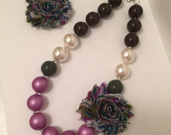 Paisley Chunky necklace with Hair Clip