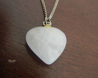 Heart Shape Pendant made of Quartz (Natural Stone) on a Chain. Vintage.