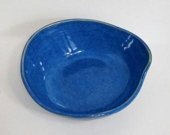 Kitty Dish, Pottery Cat Dish, Cat Dish, Dish for One Cat, Pet Bowl, Small Dog Dish