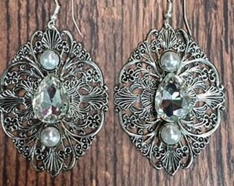 Drop bling earrings