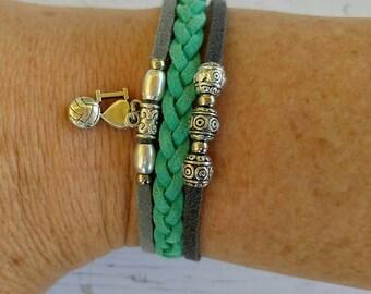 Custom Girl's Sports Bracelet// Volleyball Bracelet// Teal and Gray// Volleyball Mom// Volleyball Gift// Choose Sports Team Colors & Charm