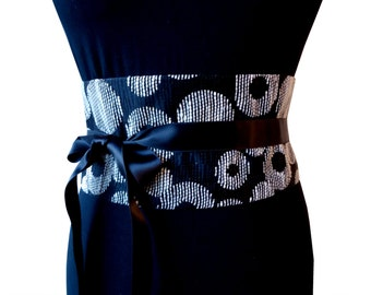 Wide belt ethnic Tako black and off-white