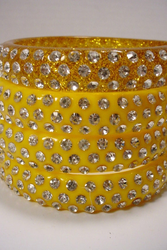 Lovely vintage yellow lucite large bangle studded with rhinestones